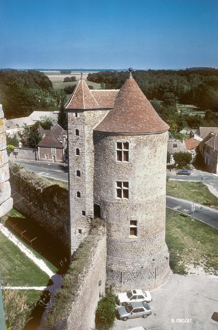 Chateau de Blandy les Tours