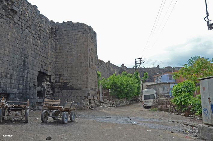 Diyarbakir-1-ruine-R.Crozat