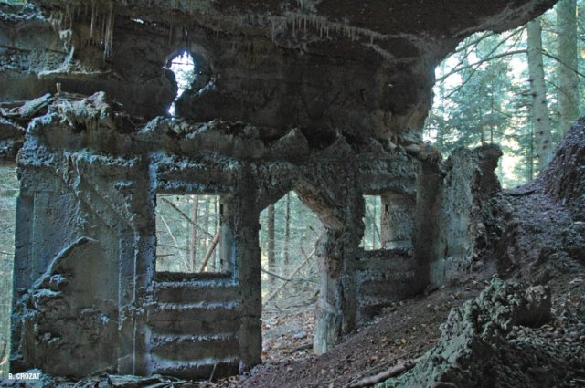 chapelotte-ruine-R.Crozat-1