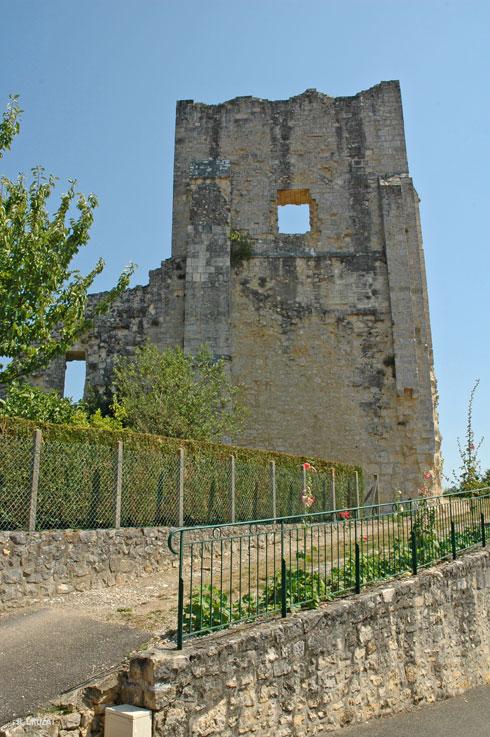 ruine-Marthon-1-R-Crozat