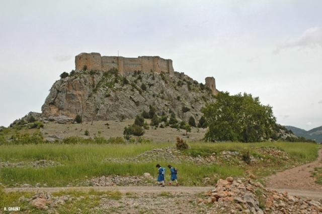 Vahga-ruine-chateau