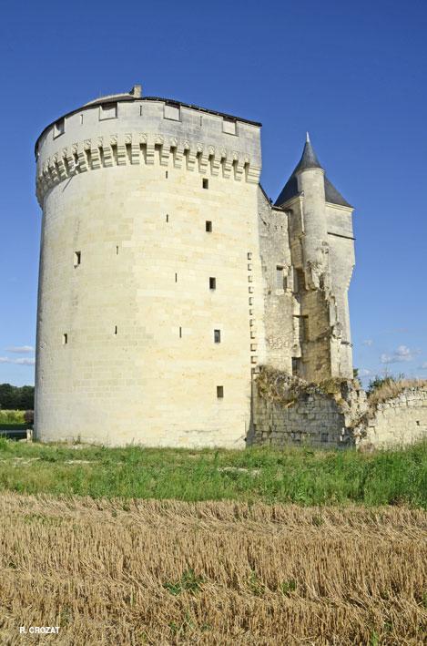 montpensier-1-ruines-r-crozat